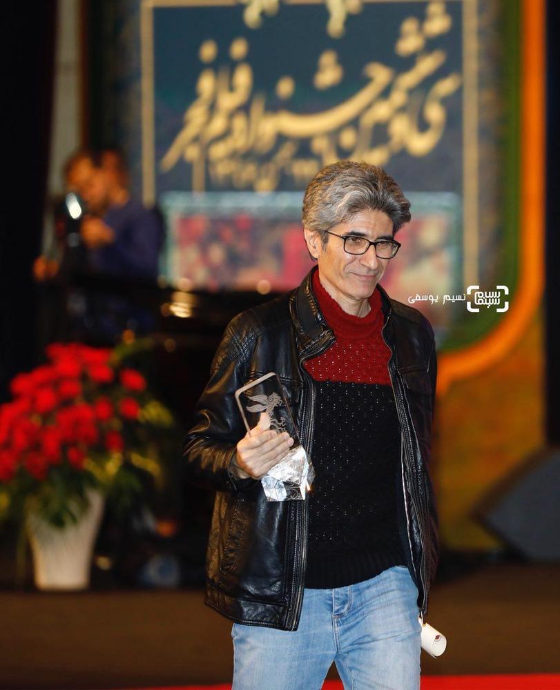 رضا مقصودی برنده سیمرغ بلورین بهترین فیلم اول برای «خجالت نکش» در اختتامیه جشنواره فیلم فجر36