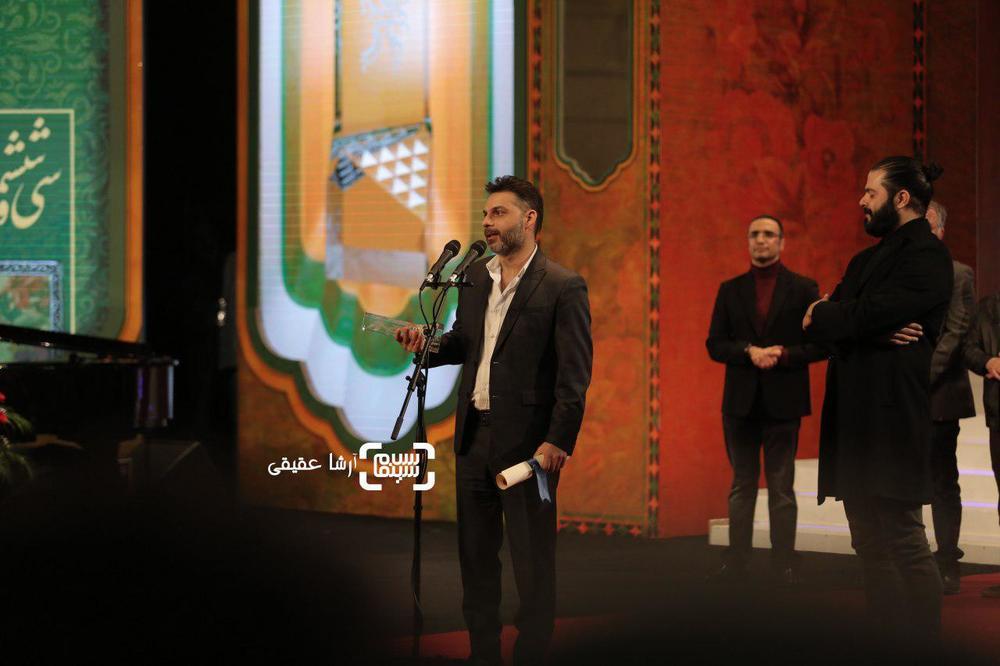 پیمان معادی و احسان رسول اف برنده جایزه ویژه هیات داوران برای «بمب یک عاشقانه» از سی و ششمین جشنواره فیلم فجر
