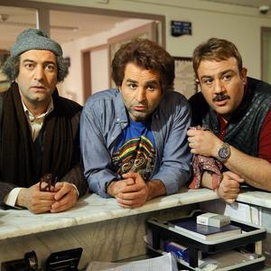 مهران غفوریان، مجید صالحی و علی مشهدی در فیلم سینمایی «ما خیلی باحالیم»