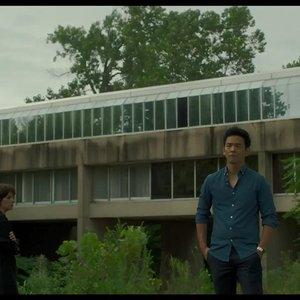 جان چو در نمایی از فیلم درام « کلمبوس »(Columbus)