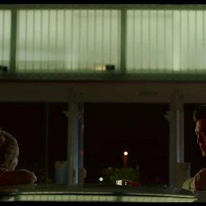 هالی لو ریچاردسون و جان چو در فیلم سینمایی درام« کلمبوس »(Columbus)