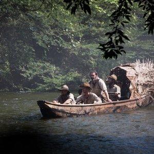 رابرت پتینسون, چارلی هانم, ادوارد اشلی و انگوس مکفادین در نمایی از فیلم « شهر گمشده زد »