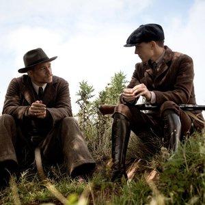 نمایی از فیلم سینمایی« شهر گمشده زد » با بازی تام هالند و چارلی هانم