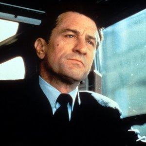 رابرت دنیرو در نمایی از فیلم سینمایی« داستانی از برانکس »