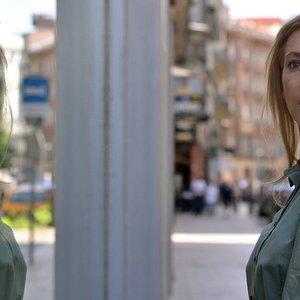 الکساندرا بوربلی در نمایی از فیلم سینمایی «در جسم و روح »