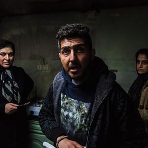 مهرنوش ستاری، محمدرضا غفاری و ریما رامین فر در فیلم «چهل و هفت»