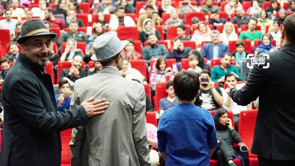 رضا عطاران در اکران مردمی فیلم «مصادره» در سینما کوروش