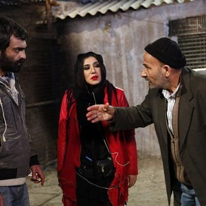 رضا اخلاقی راد، نسیم ادبی و محمدرضا داوودنژاد در فیلم «سوزن آب»