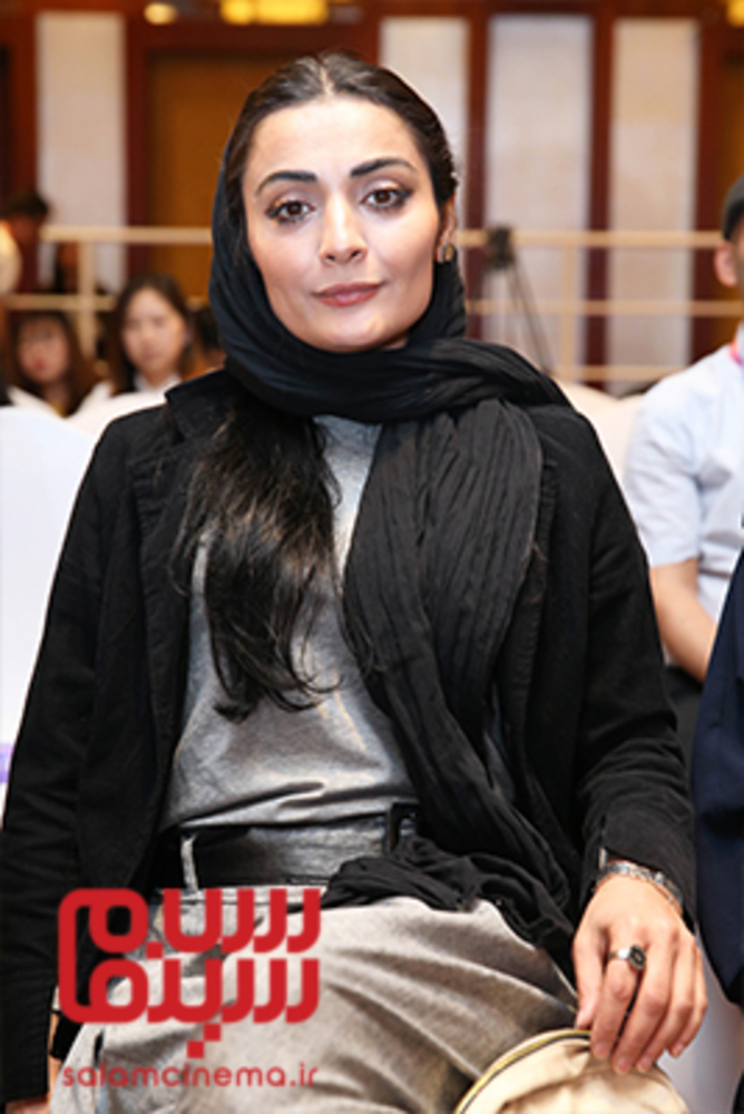 السا فیروزآذر در نشست پرسش و پاسخ فیلم سینمایی «ملی و راه های نرفته اش» در جشنواره فیلم پکن2018