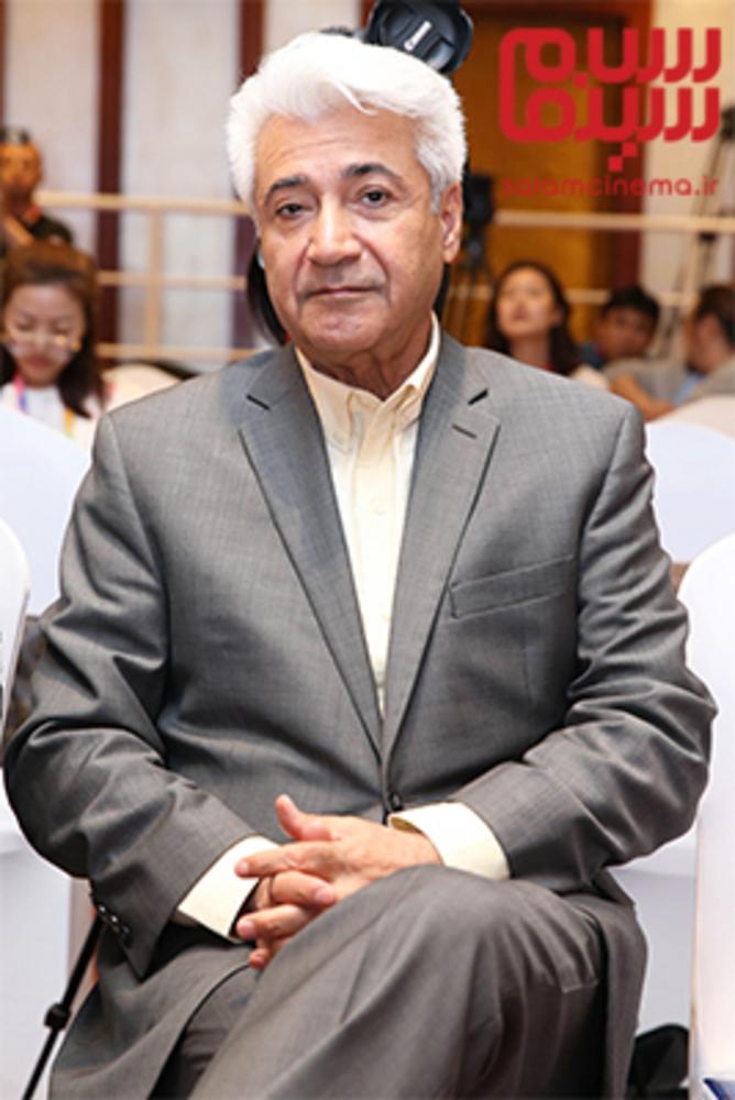 محمد نیک بین در نشست پرسش و پاسخ فیلم «ملی و راه های نرفته اش» در جشنواره فیلم پکن2018