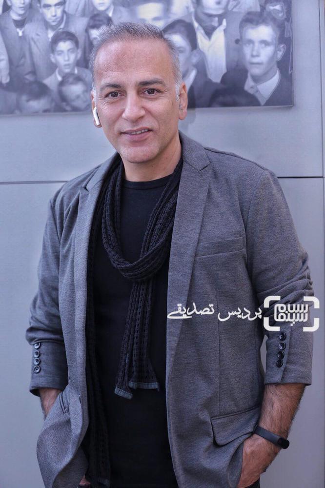 حمیدرضا آذرنگ در اکران فیلم «تنگه ابوقریب» در جشنواره جهانی فیلم فجر
