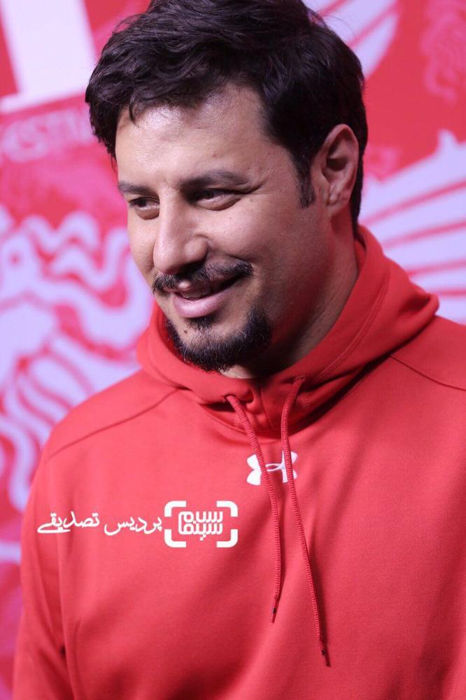 جواد عزتی در اکران فیلم «تنگه ابوقریب» در جشنواره جهانی فیلم فجر