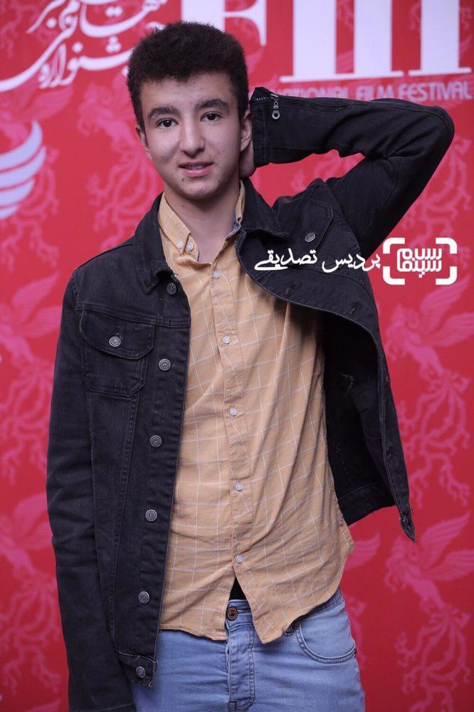 مهدی قربانی در اکران فیلم «تنگه ابوقریب» در جشنواره جهانی فیلم فجر