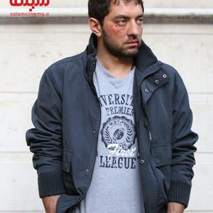 بهرام رادان در نقش مرتضی نژادی عضو تیم ملی تکواندو ایران در المپیک لندن در فیلم «سونامی»