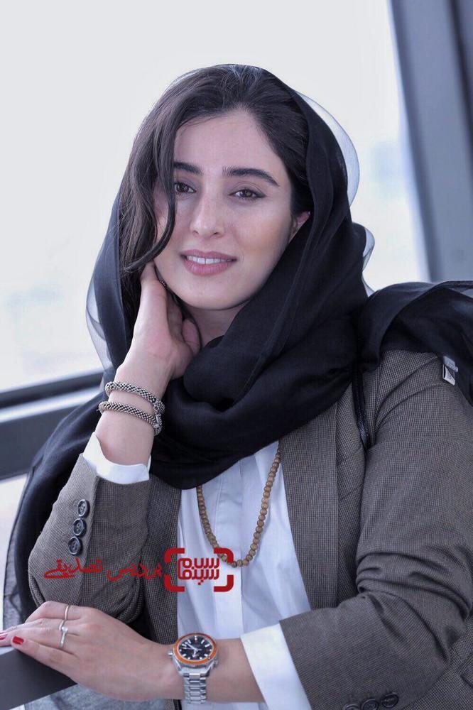 آناهیتا افشار در اکران فیلم «یک کیلو و بیست و یک گرم» در جشنواره جهانی فیلم فجر
