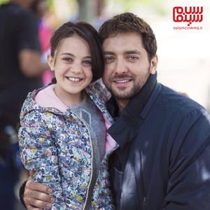 بهرام رادان و صبا محمدی در پشت صحنه فیلم «سونامی»