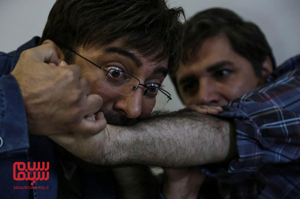 مهدی صبایی و مجید صالحی در فیلم «دخترعمو و پسرعمو»