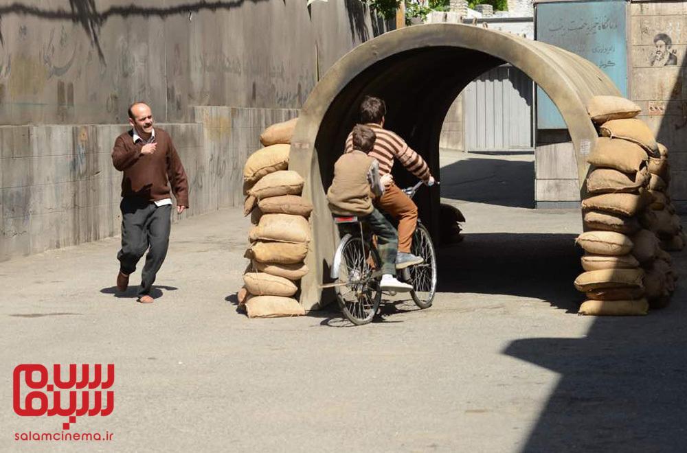 سیامک ادیب در فیلم «بمب یک عاشقانه»
