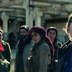 امانوئل برکو در فیلم «دختران خورشید»(Girls of the Sun)