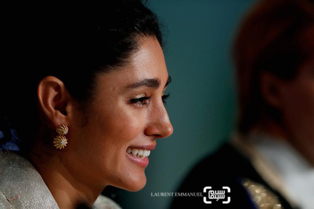 گلشیفته فراهانی در نشست خبری فیلم سینمایی «دختران خورشید» در جشنواره فیلم کن 2018