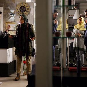 سام درخشانی، الناز حبیبی، بهاره کیان افشار و بهرنگ علوی در فیلم «دشمن زن»