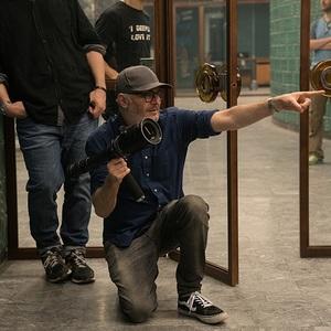 فرانسیس لارنس در پشت صحنه فیلم سینمایی گنجشک سرخ