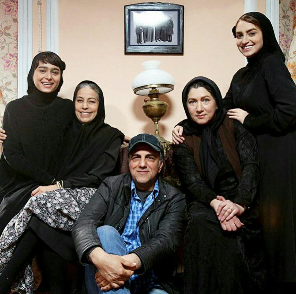 حسن فتحی، سهیلا رضوی، فریبا متخصص، نهال دشتی و معصومه بیگی در پشت صحنه سریال «شهرزاد 3»