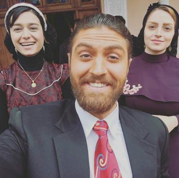 نهال دشتی، معصومه بیگی و امیرحسین فتحی در پشت صحنه سریال «شهرزاد 3»
