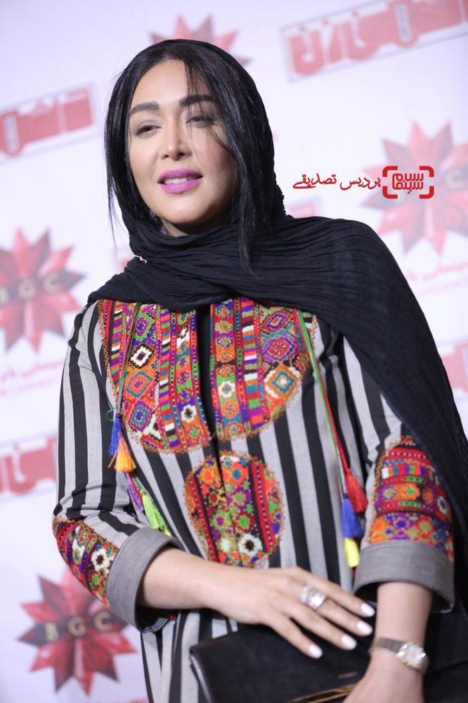 سارا منجزی پور در اکران خصوصی فیلم «دشمن زن» در پردیس سینمایی باغ کتاب