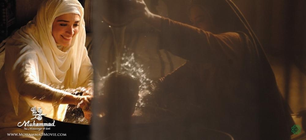 مینا ساداتی در نقش «آمنه» مادر پیامبر(ص) در فیلم محمد رسول الله (ص)
