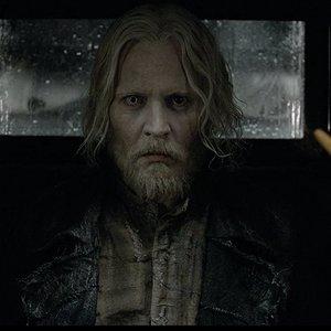 جانی دپ در  فیلم  «جانوران شگفت انگیز: جنایات گریندل والد» (Fantastic Beasts: The Crimes of Grindelwald)