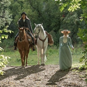 جسیکا چستین در فیلم سینمایی زن جلو می رود (Woman Walks Ahead)