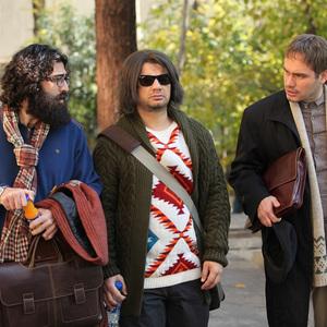 محمدعلی محمدی، محسن ماهینی و علی صادقی در فیلم «عشقولانس»