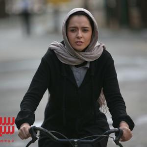 ترانه علیدوستی در فیلم سینمایی «زندگی با چشمان بسته»