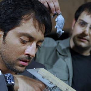 بهرام رادان و حامد کمیلی در فیلم «تردید»