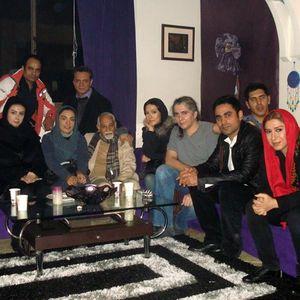 عکس دسته جمعی از پشت صحنه فیلم ذوب شدن پادشاه
