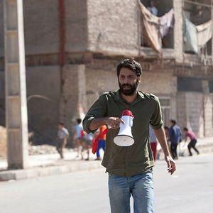 دانش اقباشاوی در پشت صحنه فیلم تاج محل