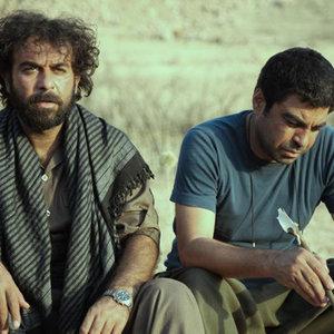 شوان عطوف و سروش صحت در فیلم «عاشق ها ایستاده می میرند»