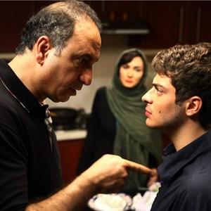 نوید لایقیمقدم و حمید فرخ نژاد در فیلم مردن به وقت شهریور
