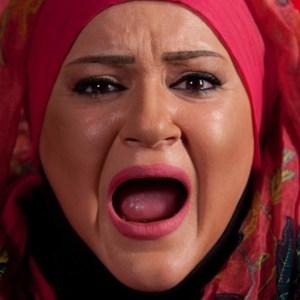 نعیمه نظام دوست در نمایی از فیلم مبارزان کوچک