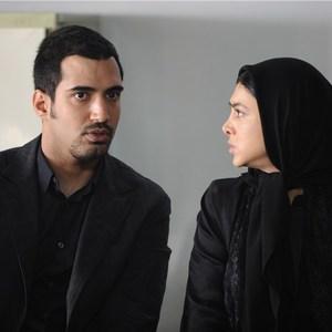 آزاده صمدی و عرفان ناصری در نمایی از فیلم سینمایی « طبقه حساس »