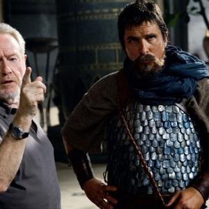 ریدلی اسکات و کریستین بل در فیلم «مهاجرت: خدایان و پادشاهان»