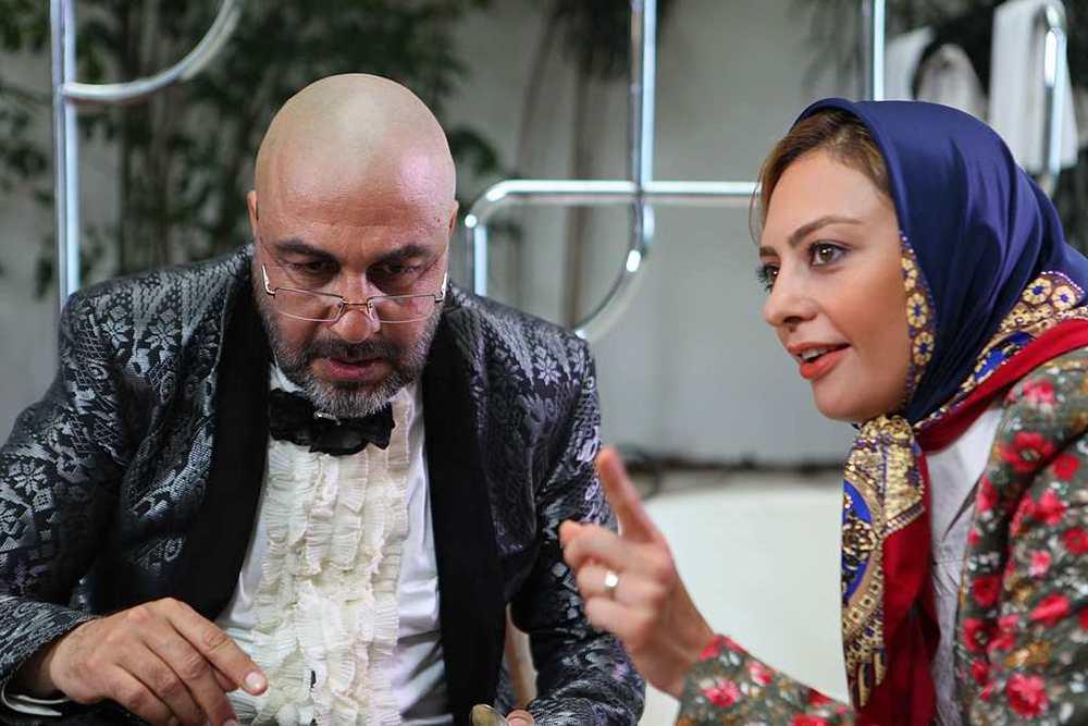 یکتا ناصر و رضا عطاران در نمایی از فیلم «من سالوادور نیستم»