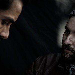 اکتای براهنی و ساعد سهیلی در پشت صحنه فیلم «پل خواب»