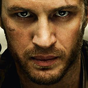 نمایی از فیلم «مکس دیوانه: جاده خشم»(Mad Max: Fury Road) با بازی تام هاردی