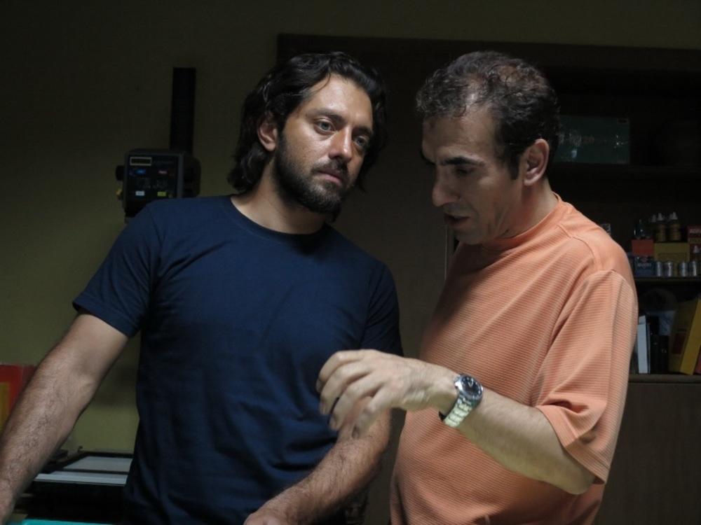 بهرام رادان و احمد رمضانزاده در پشت صحنه فیلم «حکایت عاشقی»