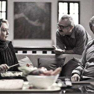 شقایق فراهانی، فرزاد موتمن و محمدرضا فروتن در پشت صحنه فیلم «سایه روشن»
