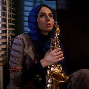 رعنا آزادیور در نمایی از فیلم «وقتی برگشتم...»
