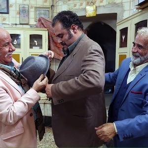 اسماعیل محرابی و هومن برق نورد و مسعود کرامتی در نمایی از فیلم «گذر موقت»