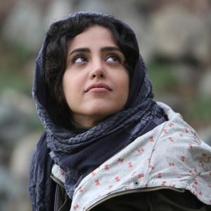 نمایی از فیلم سینمایی «متولد 65» با بازی هنگامه حمیدزاده